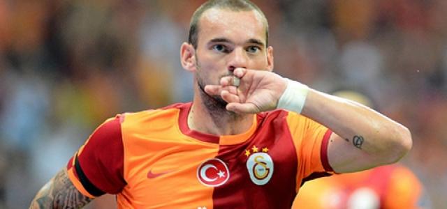 Sneijder Manchester United'i neden reddettiğini açıkladı