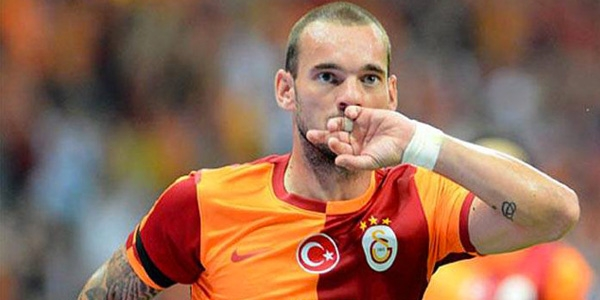 Galatasaray's Sneijder brimming with World Cup confidence